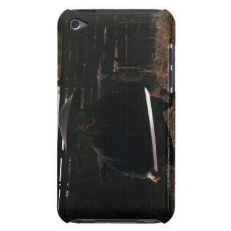 Samuraikrigare förbereder sig att slåss med ett Case-Mate iPod touch fodral