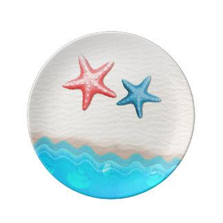 Sandig strand och sjöstjärna porslinstallrik