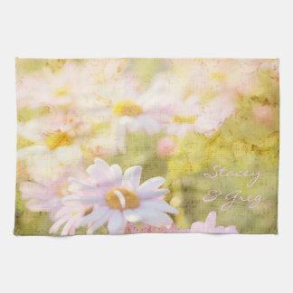 Sång av den älskvärda bleken för vår - rosa daisyA Kökshandduk