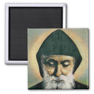 Sanktt Charbel porträtt Magnet