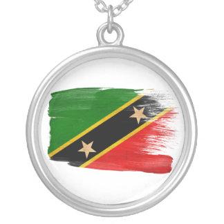Sanktt Kitts Nevis sjunker Halsband Med Rund Hängsmycke