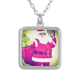 Santa behandlar tennisracket silverpläterat halsband