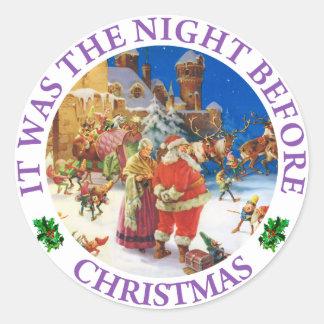 Santa och Fru Claus På natten för jul Runt Klistermärke
