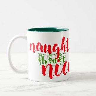 santa stygg men trevlig juldekorationmugg Två-Tonad mugg