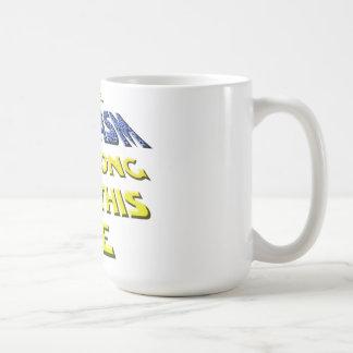 Sarcasmen är stark med denna kaffemugg