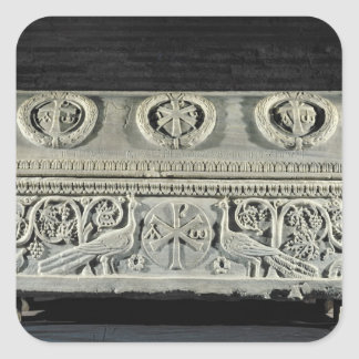 Sarkofag av bishop Theodore Fyrkantigt Klistermärke