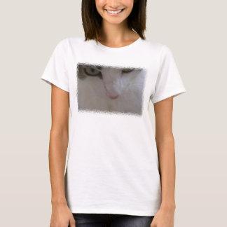 Sasha - closeup t-shirts