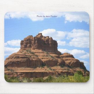 Sätta en klocka på stenutsikten - Sedona, Arizona Musmatta