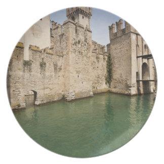 Scaliger slott, Sirmione, Brescia landskap, Tallrik