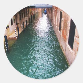 Sceniska Venetian kanaler - Venedig, italien Runt Klistermärke