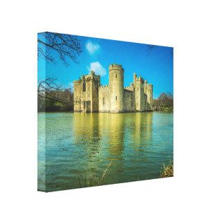 Sceniskt Bodiam slott i östliga Sussex England Canvastryck