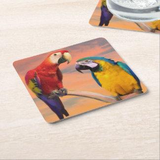Scharlakansröd Macaw och Blått-och gul Macaw Underlägg Papper Kvadrat