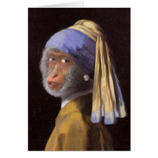 Schimpans med det pärlemorfärg örhänget hälsningskort