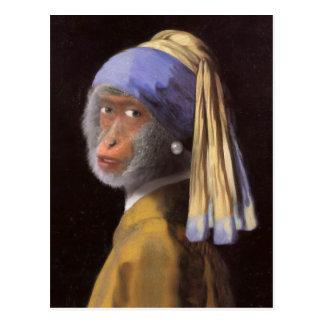 Schimpans med det pärlemorfärg örhänget vykort