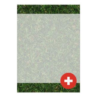 Schweitz flagga på gräs 12,7 x 17,8 cm inbjudningskort