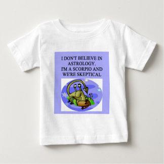 SCORPIOastrologiskämt T Shirts
