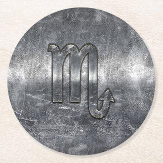 ScorpioZodiacsymbol i metallisk stil för Grunge Underlägg Papper Rund