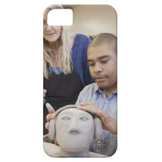 Sculpting byst för student i klassrum iPhone 5 Case-Mate fodral