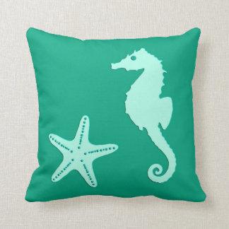Seahorse & sjöstjärna - krickan och seafoam görar kudde