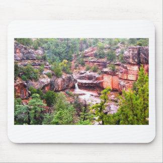 Sedona vattenfallporträtt musmatta