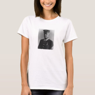 Sergeant Ha som huvudämne Dan Daly T-shirts