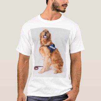 Serva hunden för den Sheri T-tröja utan ord Tshirts