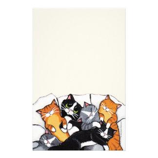 Sex sova katter noterar papper brevpapper