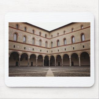 Sforza slott (Castello Sforzesco) i Milan, italien Mus Mattor