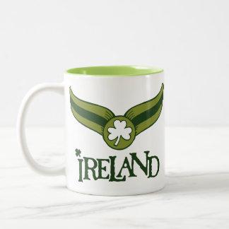 ShamrockgröntSnitch med det Irland namn Kaffe Muggar