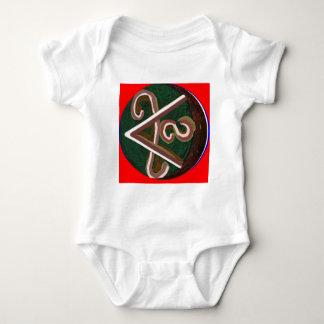 Shanti = fred tee shirt