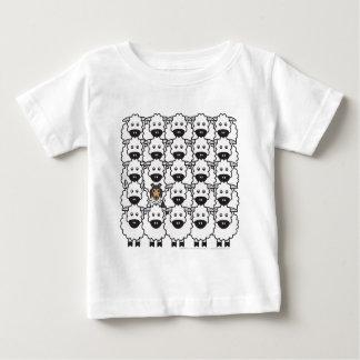 Shetland Sheepdog i fåren T-shirt