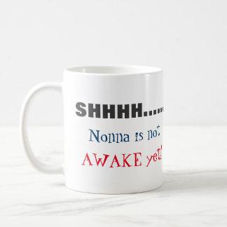 SHHH…., Nonna är inte den vakna beställnings- Kaffemugg