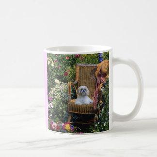 Shih Tzu trädgårdmugg Kaffemugg