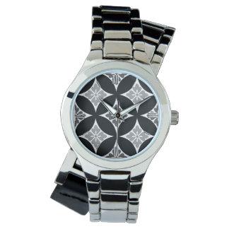 Shippo med blommamotiv, svart, vit och grått armbandsur