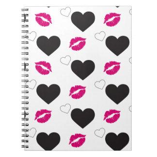 Shock rosaläppar och älskvärda hjärtor för anteckningsbok