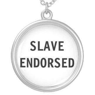 Signerat slav- för halsband