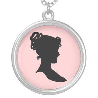 Silhouette för stil för Victorian för Silverpläterat Halsband