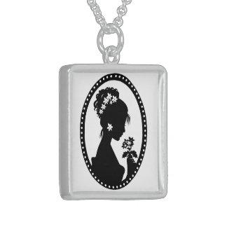 Silhouette för VictoriandamCameo Sterling Silver Halsband