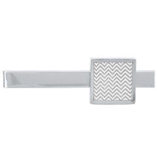 Silverglittersicksacken görar randig sparremönster silverpläterad slipsnål