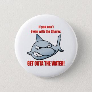 Simma med hajarna standard knapp rund 5.7 cm