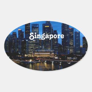 Singapore Cityscape Ovalt Klistermärke