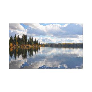Sjö- och skogplats canvastryck