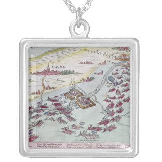 Sjö- strid av kusten av The Hague Silverpläterat Halsband