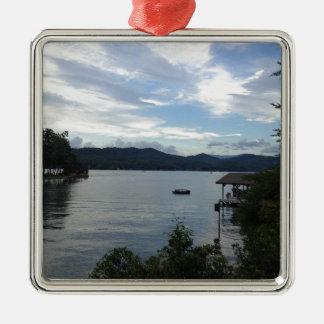 Sjön Burton beskådar Silverfärgad Fyrkantigt Julgransprydnad