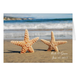 Sjöstjärnan kopplar ihop på strandhälsningkortet hälsningskort