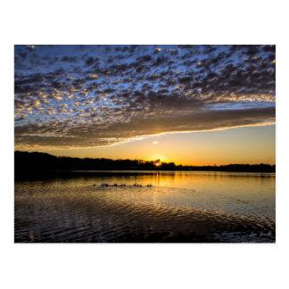 SjöWinnemaug soluppgång Vykort