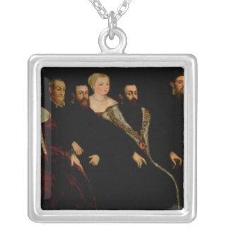 Sju medlemmar av den Soranzo familjen Silverpläterat Halsband