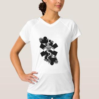 Sjuksköterskahjärtatatuering T-shirt