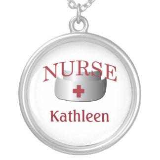 Sjuksköterskanamn vårdar beställnings- Neklace Silverpläterat Halsband