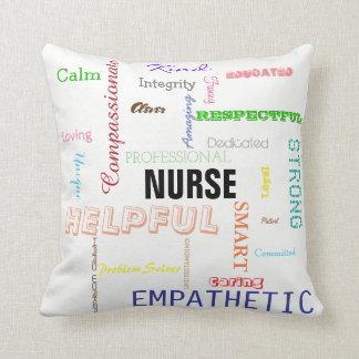 Sjuksköterskapride tillskrivar ljus typografi för kudde